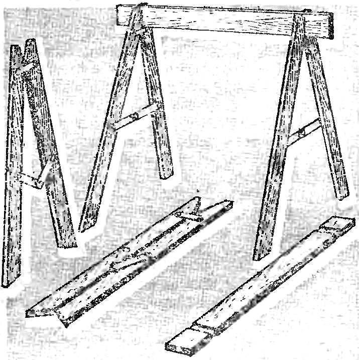 Делаем складные строительные козлы из обрезков досок на дачу