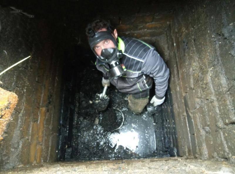 Очистка выгребной ямы от ила | все о септиках