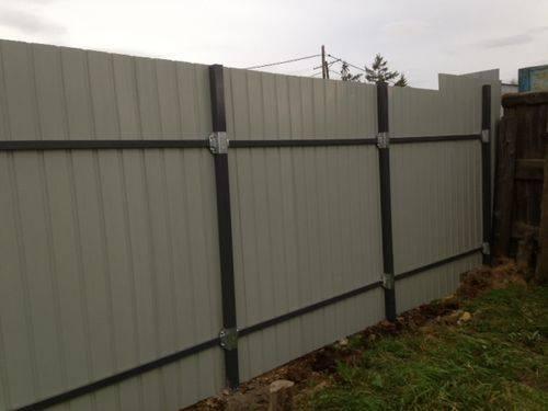 Забор из профнастила без сварки своими руками