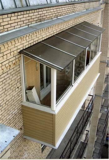 Как сделать крышу на балконе последнего этажа: установка, своими руками