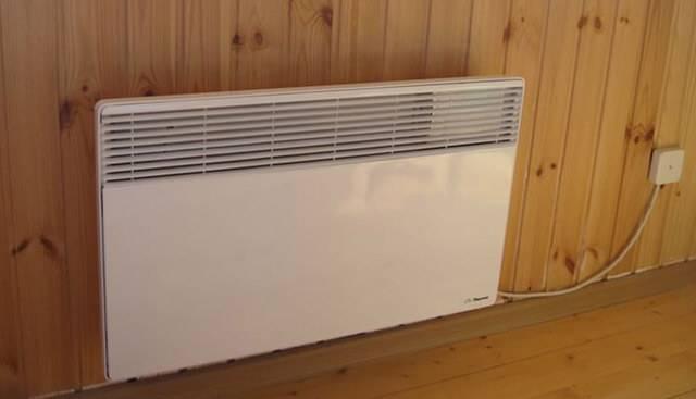 Как выбрать настенные экономичные электрические конвекторы отопления для дачи | советы специалистов