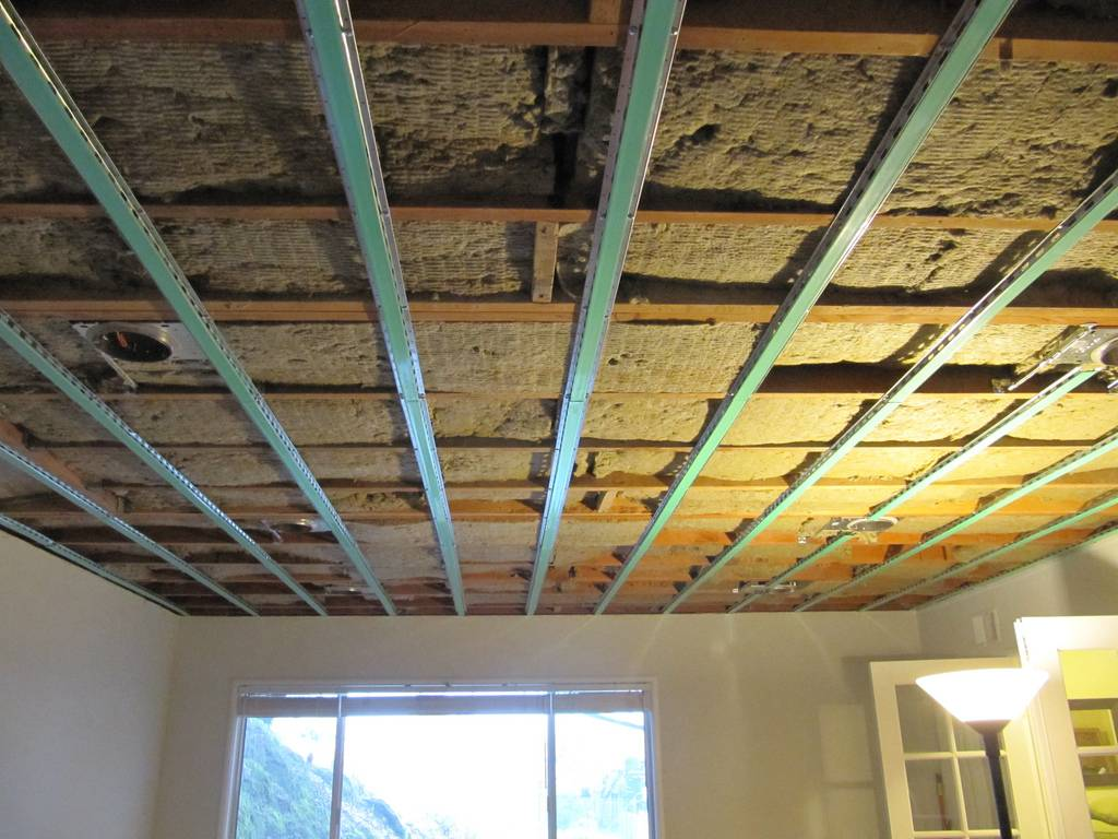 ►►►утепление потолка в частном доме своими руками