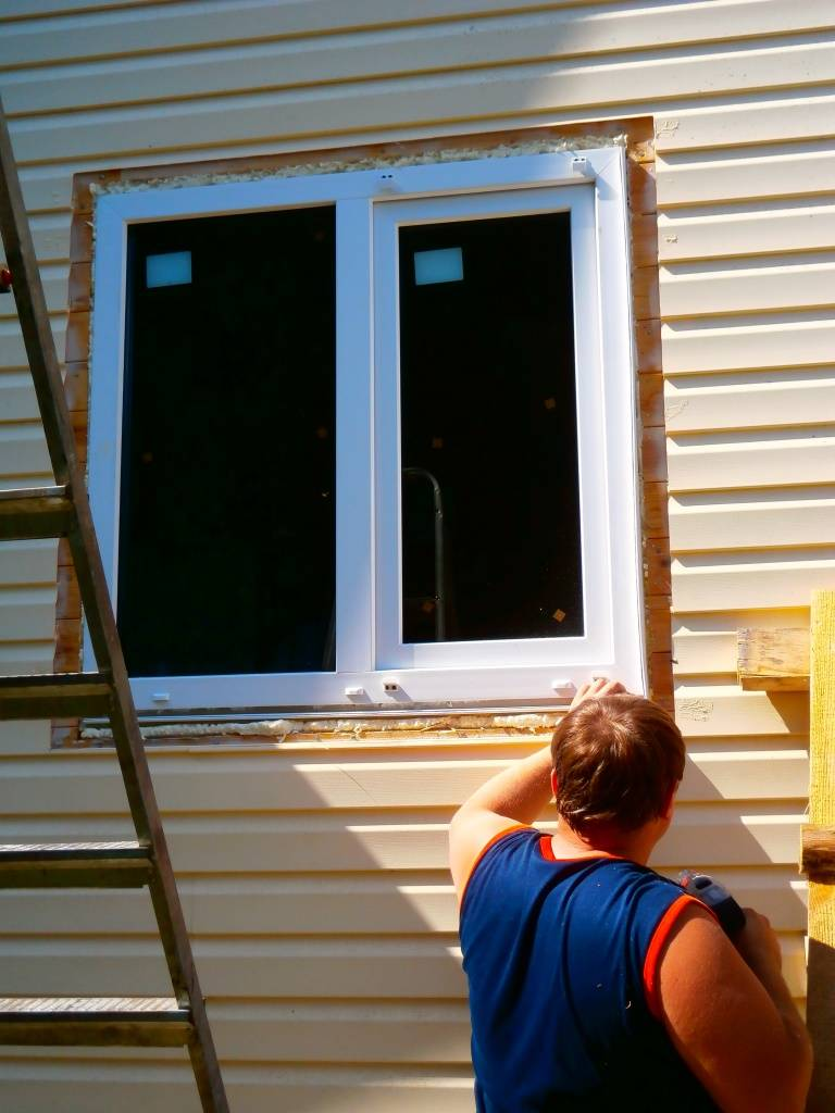 Наружные откосы на окнах: отделка оконных проемов своими руками
