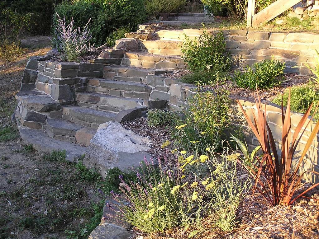 Ступени из бетона: виды, особенности, тонкости самостоятельного монтажа