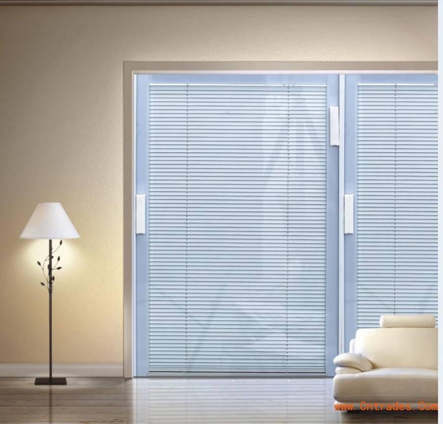 Как правильно подобрать жалюзи на пластиковые окна: по комнатам и размеру (40 фото)