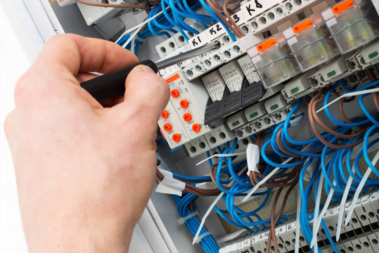 Как собрать и установить электрощиток в частном доме своими руками, требования и необходимые элементы