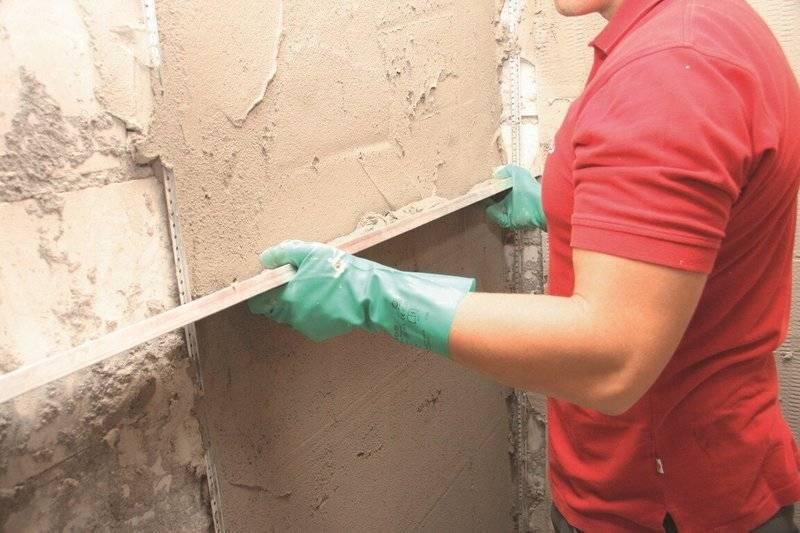 Чем выровнять стены: выравнивающие смеси для стен