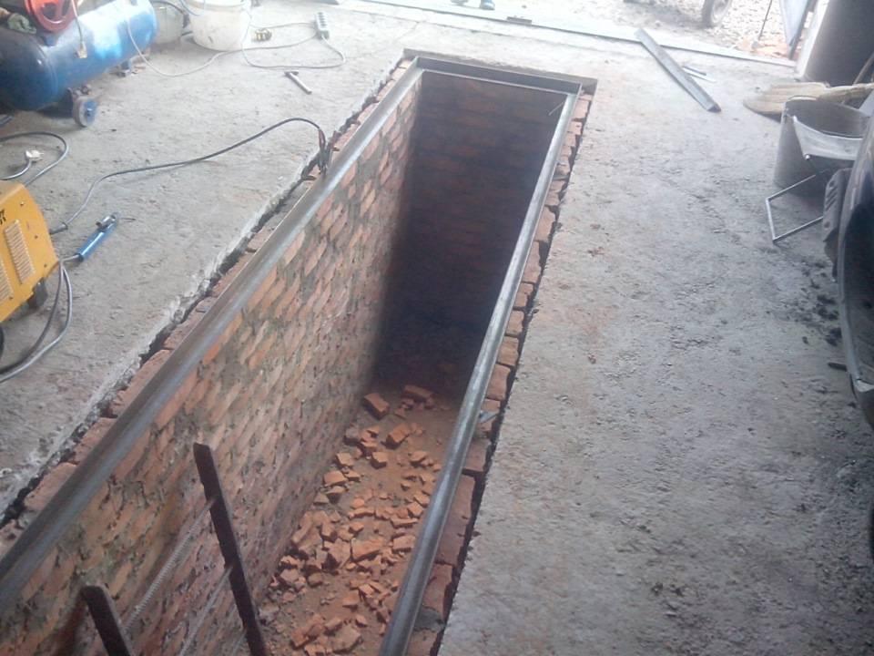 Как построить и оборудовать смотровую яму в гараже своими руками