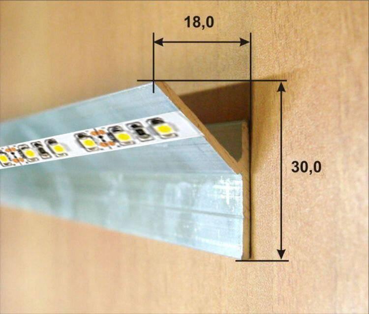 Как крепить светодиодную ленту к кухонному гарнитуру