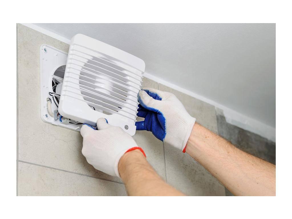 Вентиляция в туалете в частном доме: все, что нужно знать хозяевам