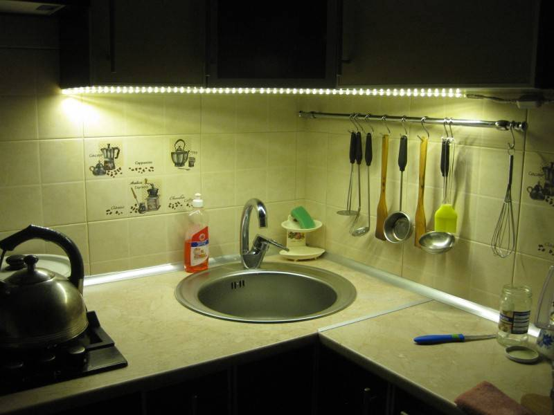 Подсветка рабочей зоны на кухне: создаем комфортные условия для работы