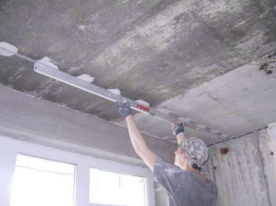 Нюансы и тонкости штукатурки потолка