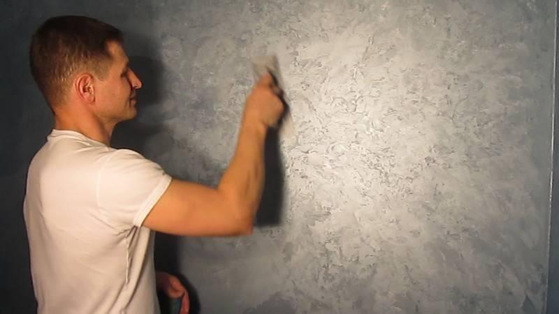 Фактурная краска для стен (45 фото): варианты для внутренней отделки и для наружных работ, как выбрать для потолка и стен
