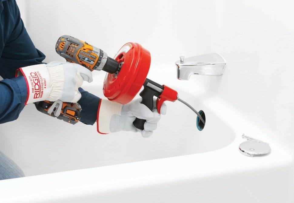Как прочистить канализационные трубы разными способами