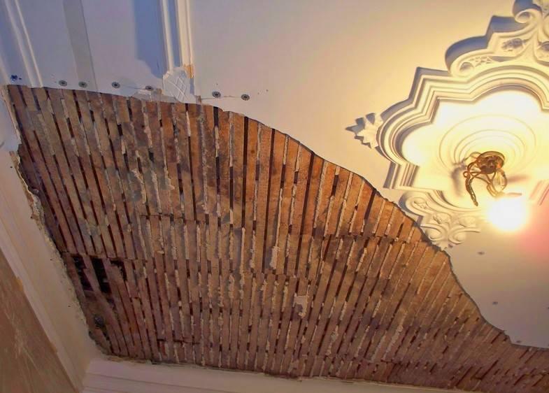 Как штукатурить потолок – пошаговая инструкция