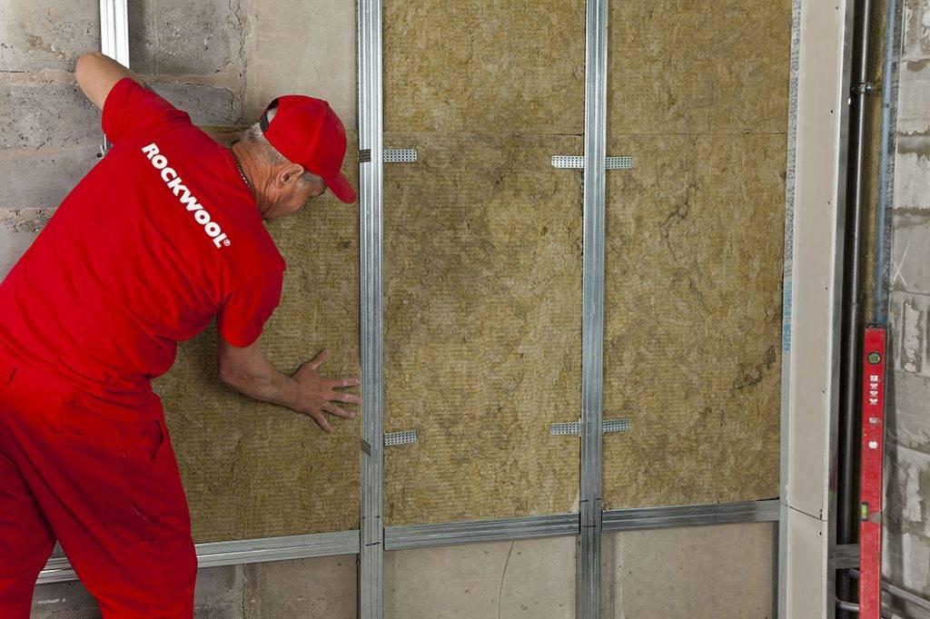 Шумоизоляция стен в деревнном доме: современные материалы