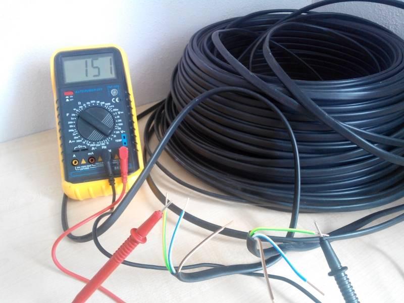 Как найти провод в стене с помощью детектора и без прибора