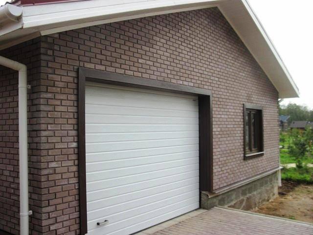 Отделка гаража снаружи — разбираемся по порядку