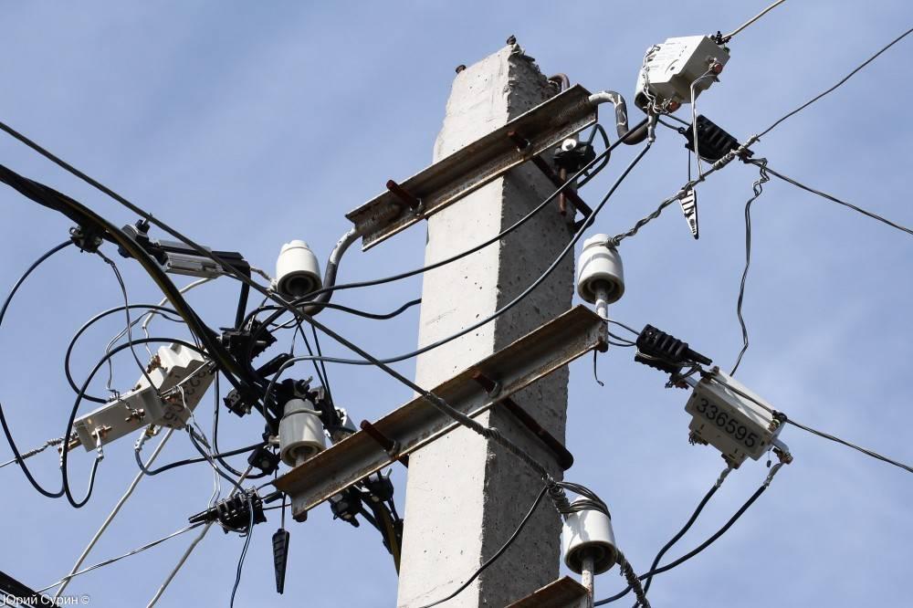 Установка электросчётчика на улице: последовательность и законно ли