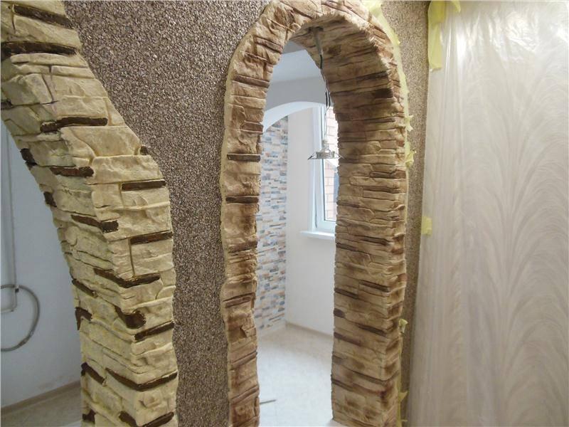 Декоративная стена под камень из простого цементного раствора