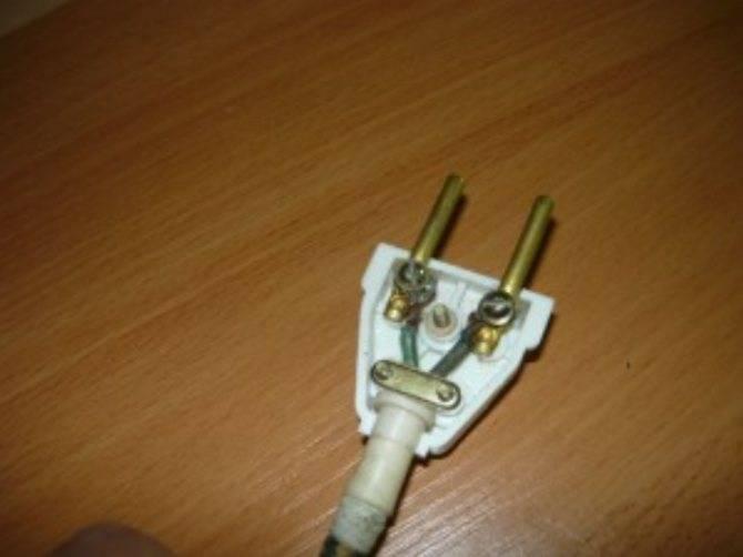 Электрическая вилка и ее самостоятельная замена