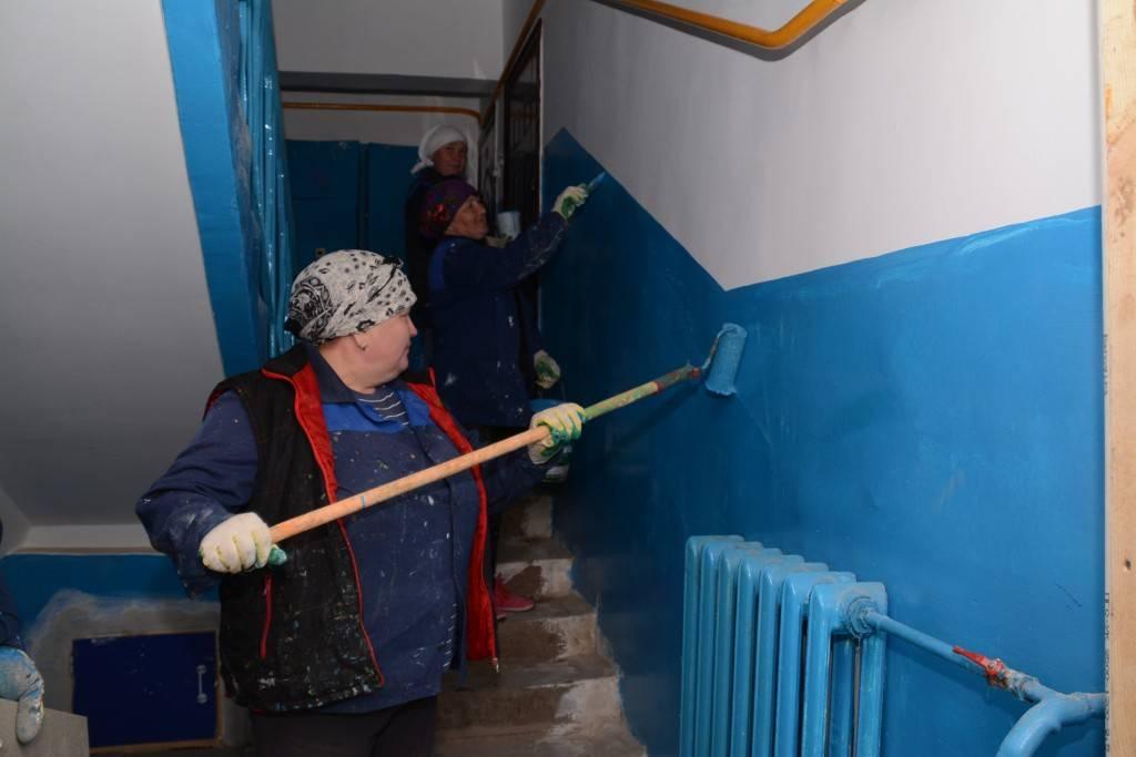 Почему подъезды в ссср красили в синий и зеленый цвет :: newsrk.ru