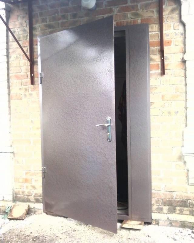 Установка входной двери своими руками: последовательность работ   двери дома