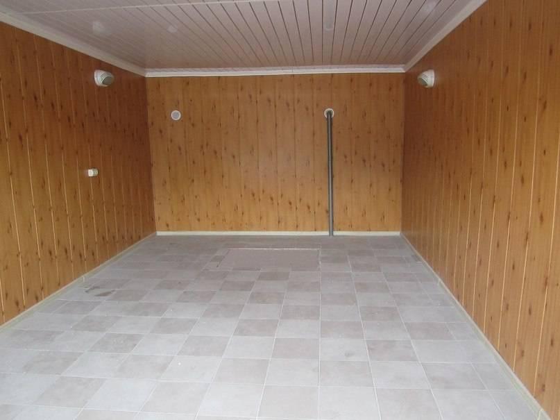 Отделка гаража внутри, популярные материалы для пола, стен и потолка