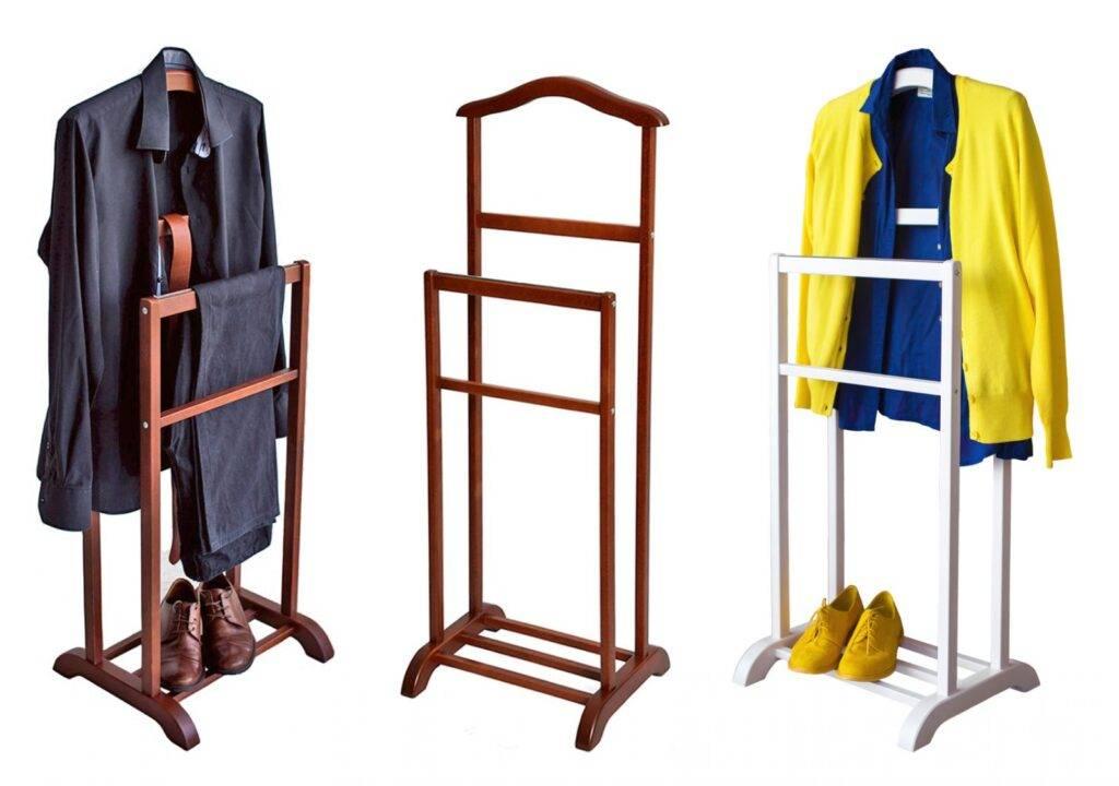 Вешалки и стойки для одежды