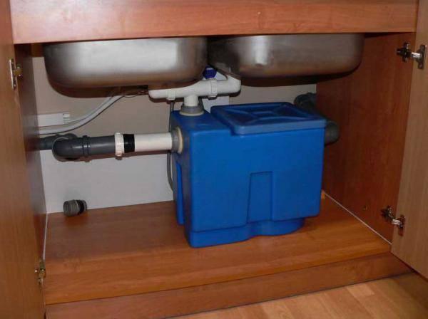 Жироуловитель для канализации из столовой или кухни— устройство и порядок монтажа