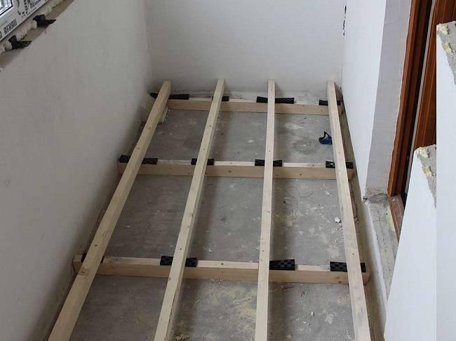 Делаем деревянный прочный пол на балконе своими руками