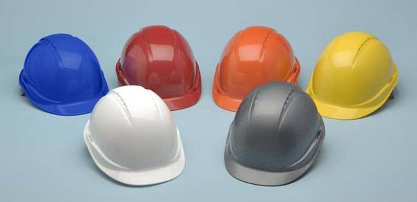 Что означают цвета строительных касок?