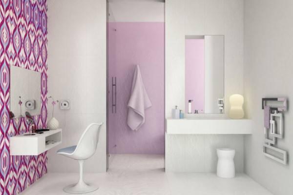 Обои для ванной комнаты: как выбрать и правильно поклеить?