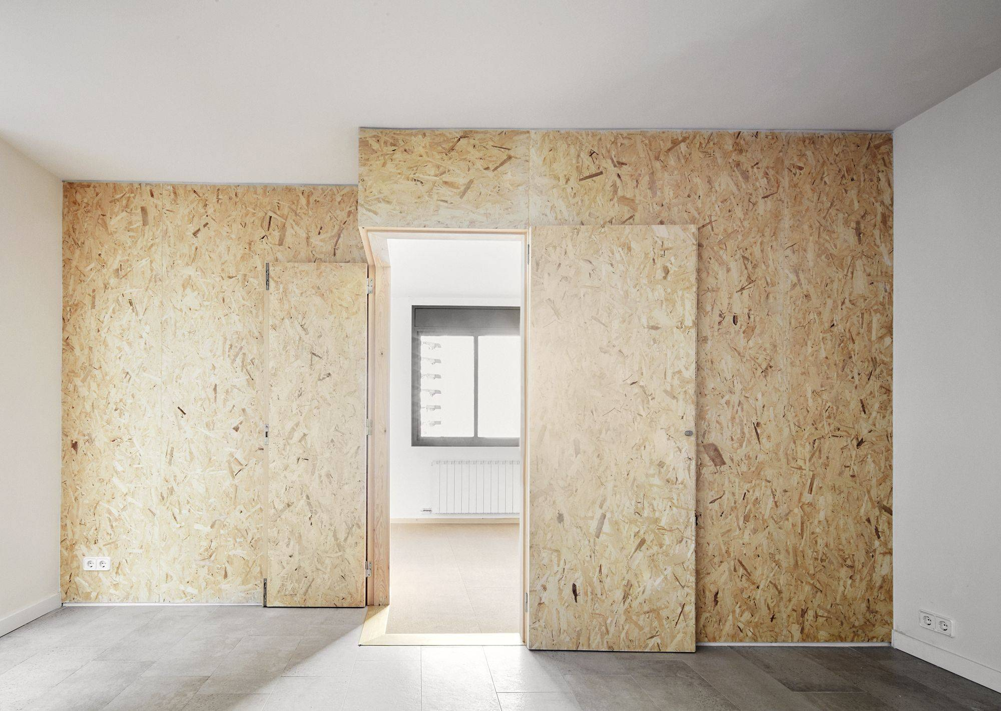 Чем покрыть осб плиту внутри помещения - только ремонт своими руками в квартире: фото, видео, инструкции