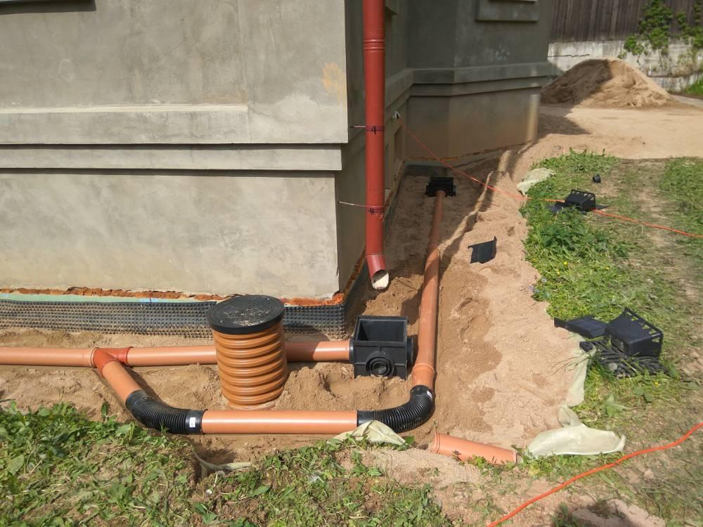 Ливневая канализация: устанавливаем в загородном доме