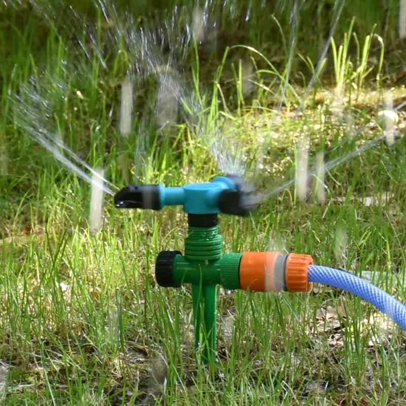 Полив водой из скважины: дачникам на заметку