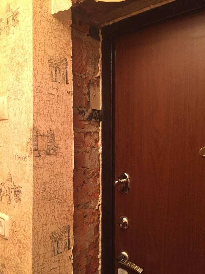 Оштукатуривание дверных откосов