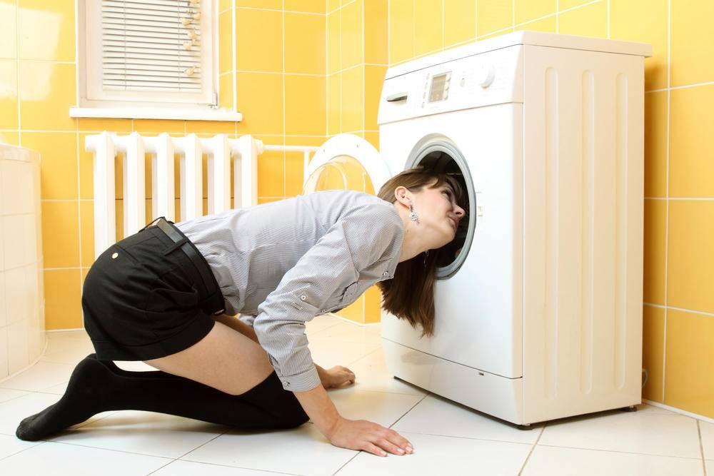 Как избавиться от запаха в стиральной машине автомат