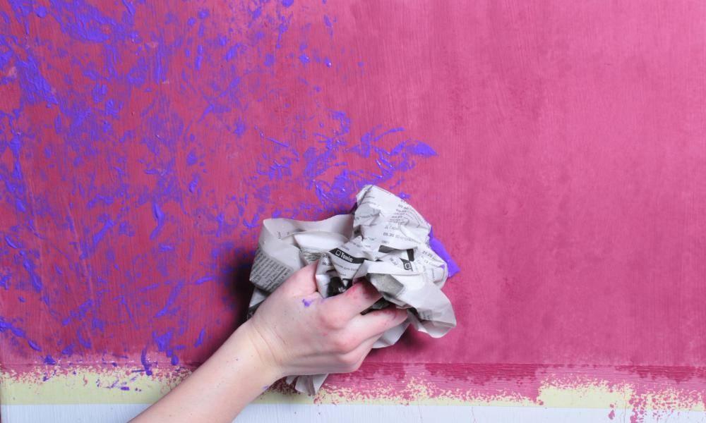 Покраска декоративной штукатурки (50 фото): виды покраски для стен, как покрасить в два цвета своими руками