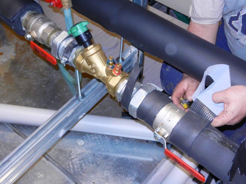 11 советов, как утеплить водопроводную трубу