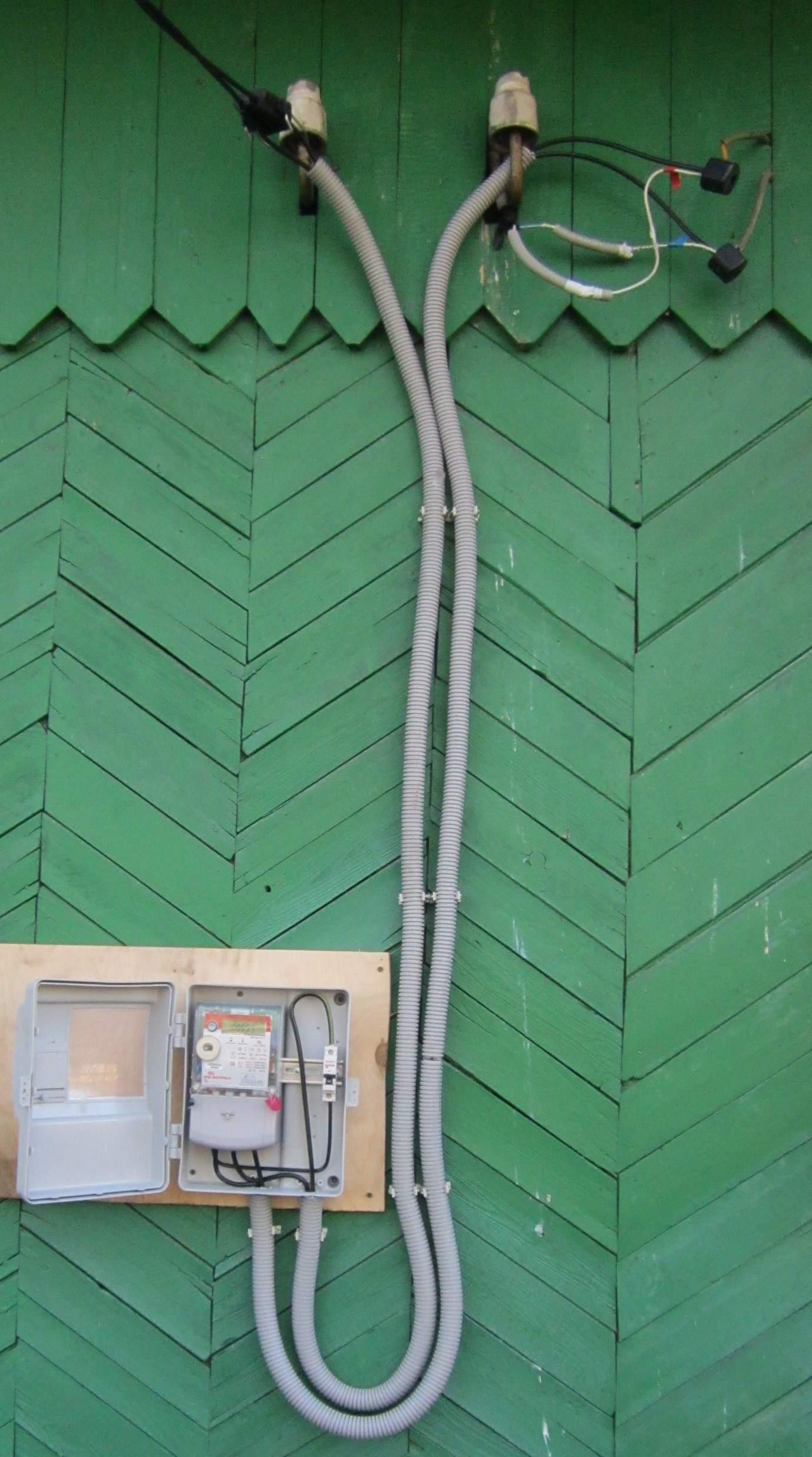 Ввод электричества в дом: как выполнить проектировочные и монтажные работы своими руками (90 фото) – строительный портал – strojka-gid.ru