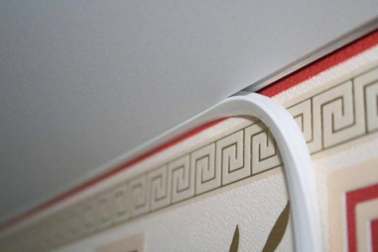 Галтели для натяжных потолков: виды потолочных плинтусов, установка, монтаж, какой плинтус выбрать, нужен ли плинтус для подвесного потолка, как установить