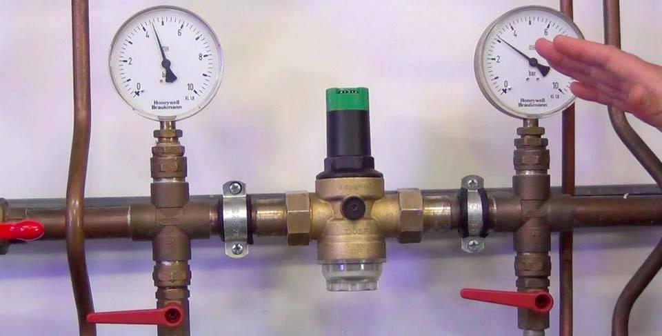 Установка редуктора давления воды в квартире и частном доме: как правильно установить своими руками - правила, схема, цена