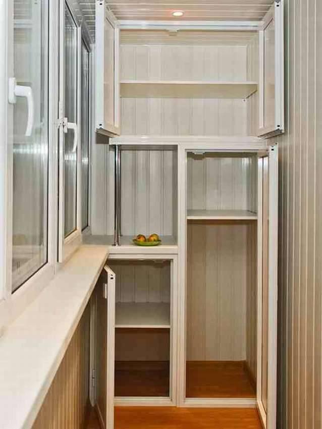 Какими могут быть шкафы для балкона и лоджии, варианты с фото