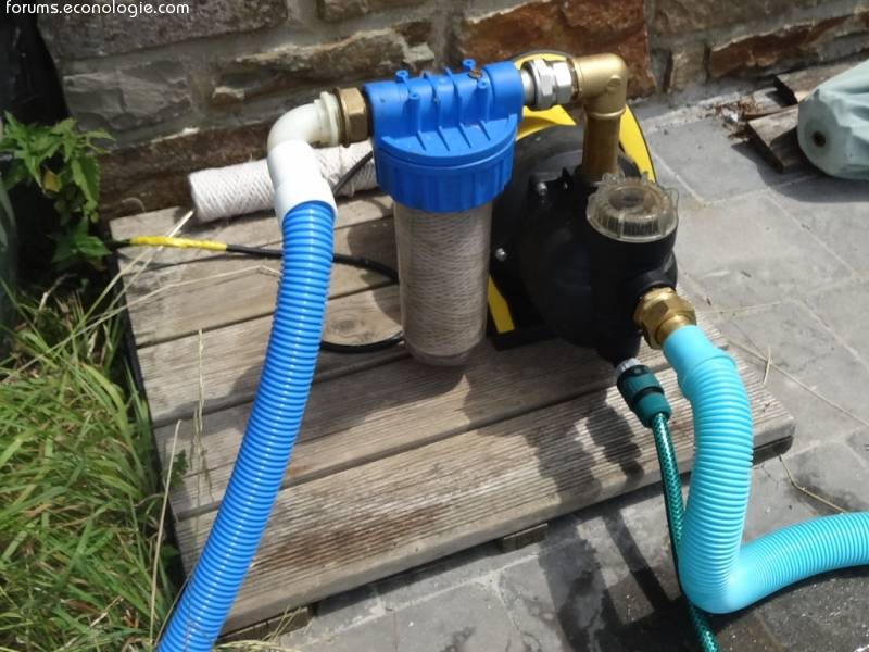 Пылесос для бассейна водный, ручной и донный - как выбрать по производительности, устройству и цене
