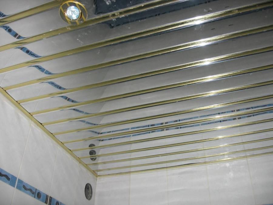 Навесной потолок в ванной комнате: пошаговая инструкция по изготовлению!