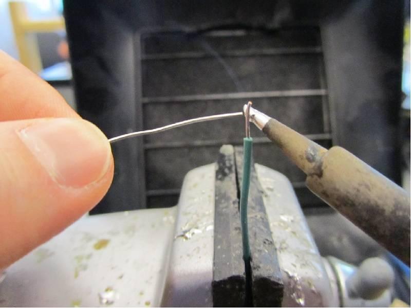 Как правильно паять паяльником с кислотой: инструменты для работы