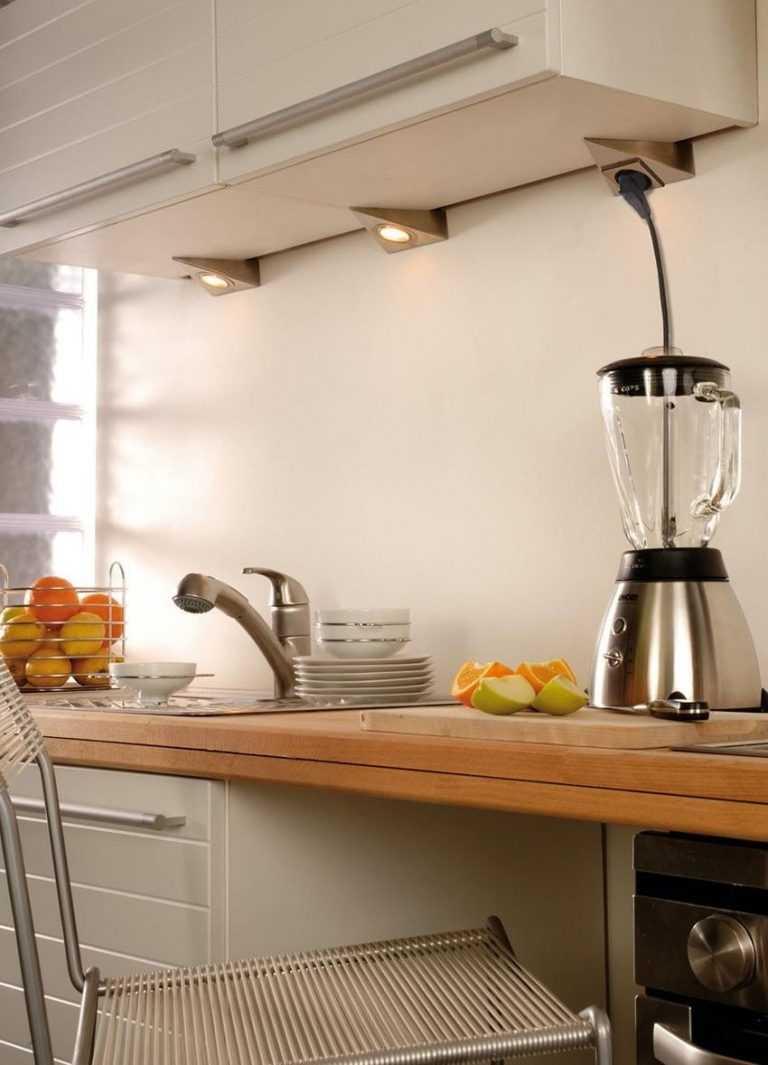 Светильники для кухни над рабочей поверхностью: основные требования, виды и размещение