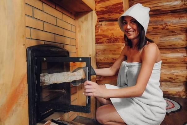 Какие дрова лучше выбрать для печки в частном доме