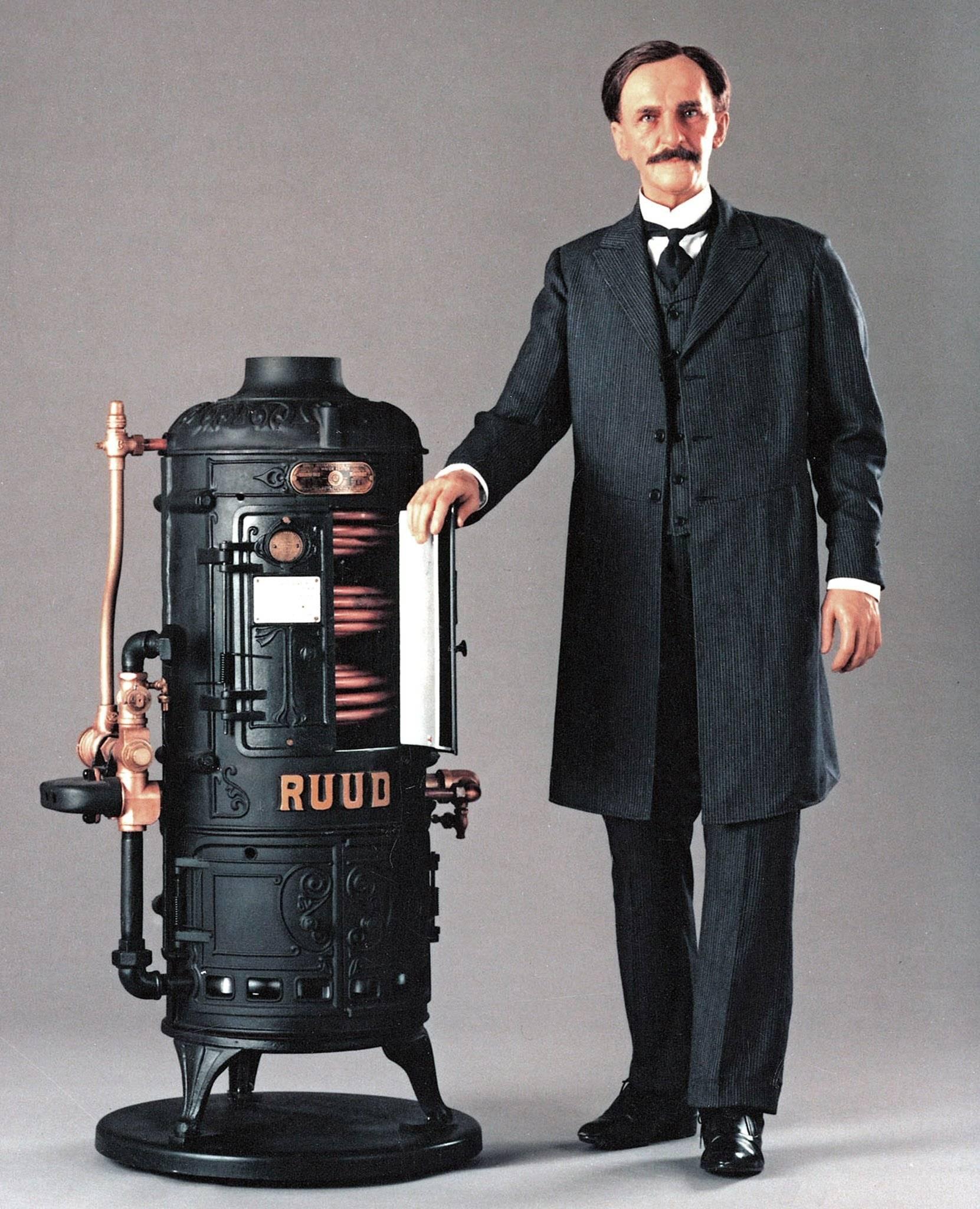 Кто придумал и изобрел микроволновку